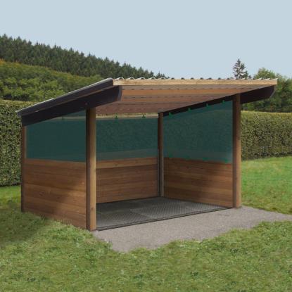 Weideschutzhütte mit Windschutznetz